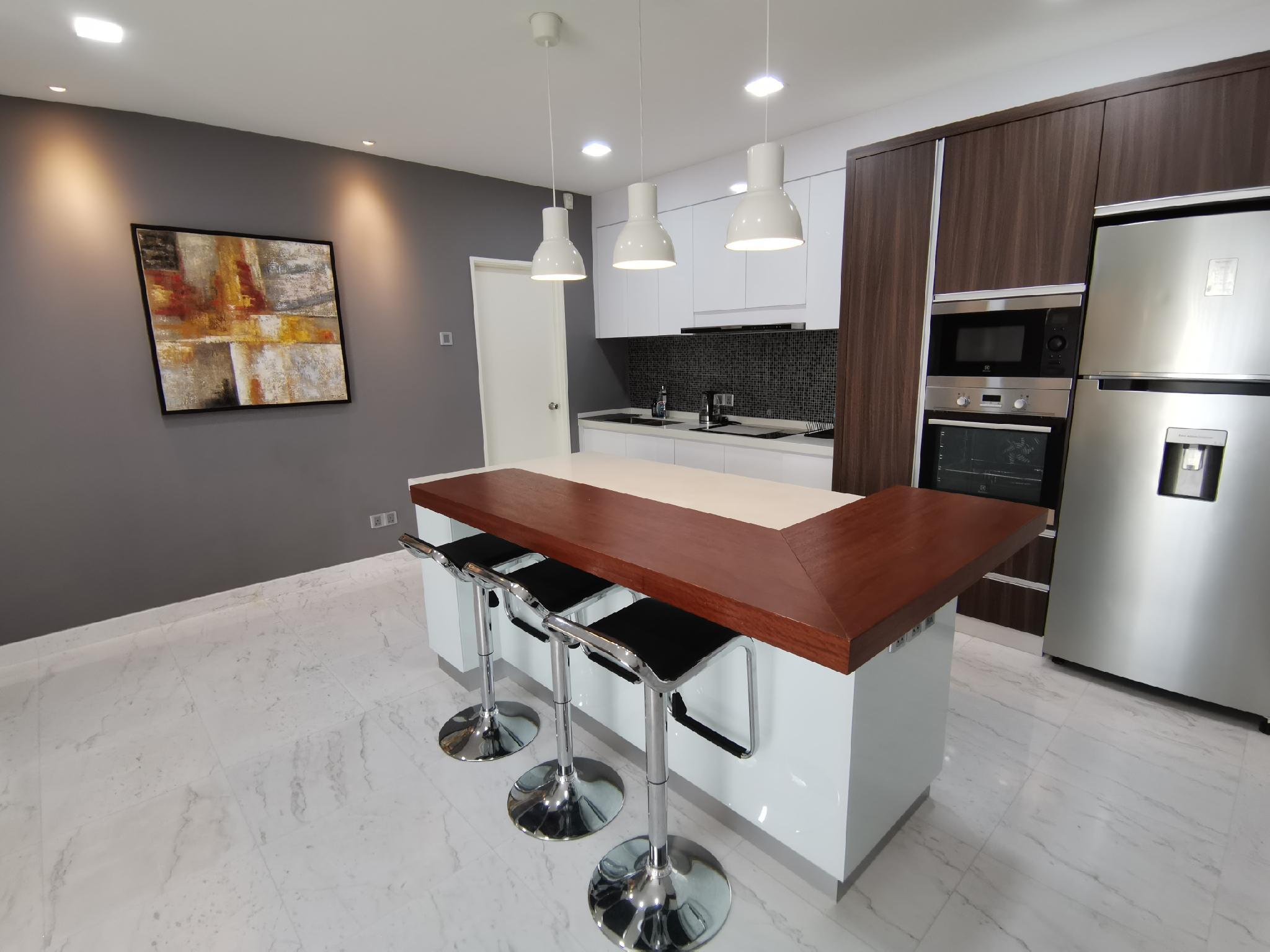 Kroma@57 A Modern And Homely Suite With Pool And Gym