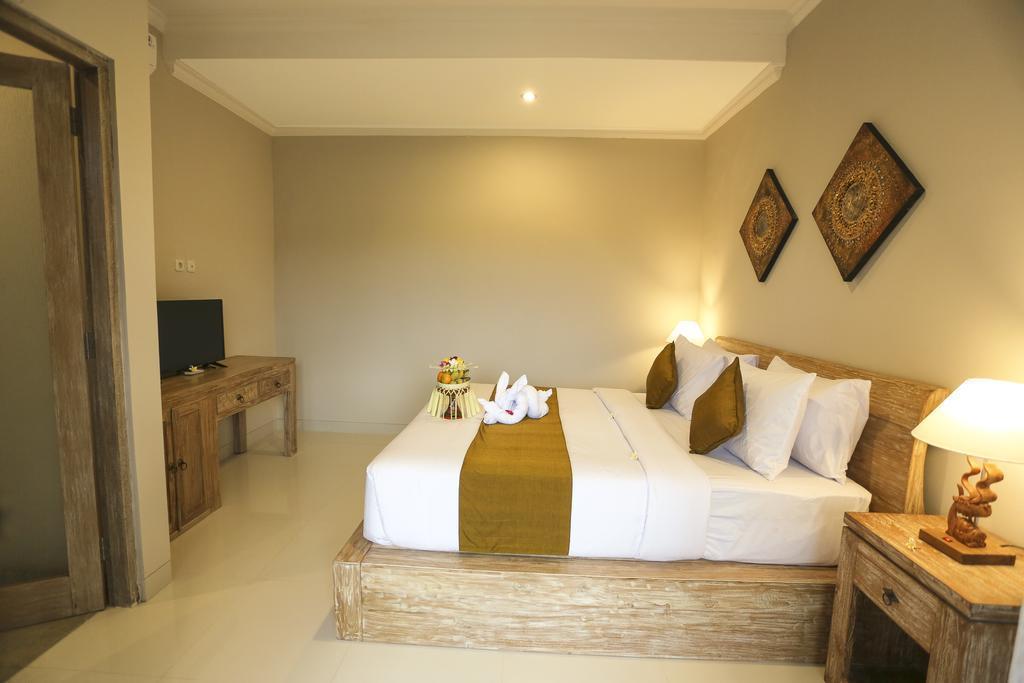 6 Bedroom Villa   Breakfast UDV