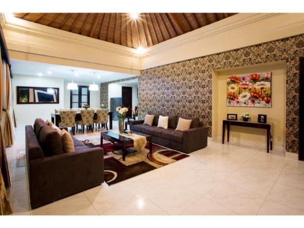 Four BR. Villa Cometa Private pool & Breakfast