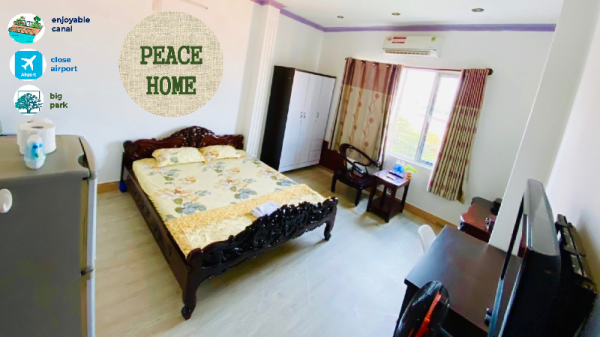 PeaceHome(close airport, big park,enjoyable canal) Ho Chi Minh City