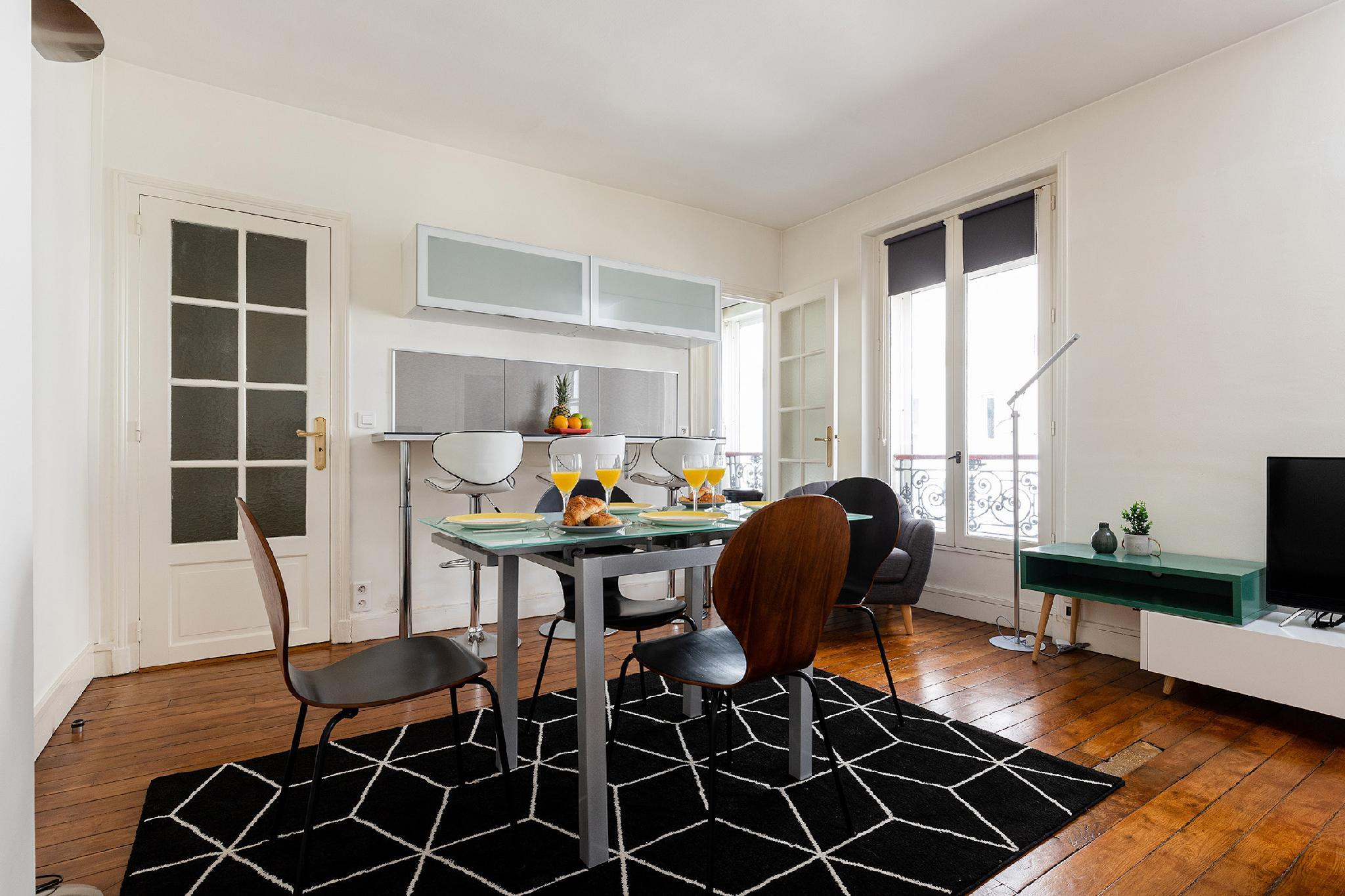 HEART OF THE LEFT BANK BY ST GERMAIN  LOVELY 1BR