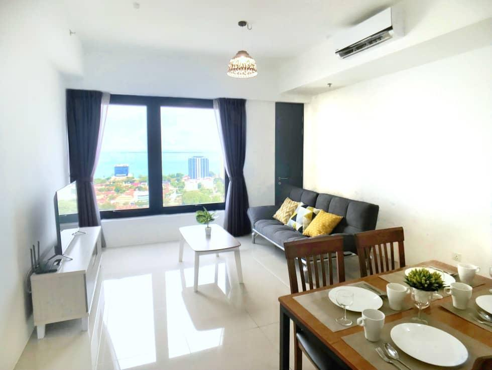218 Macalister George Town 3BR 9Pax Seaview Suite
