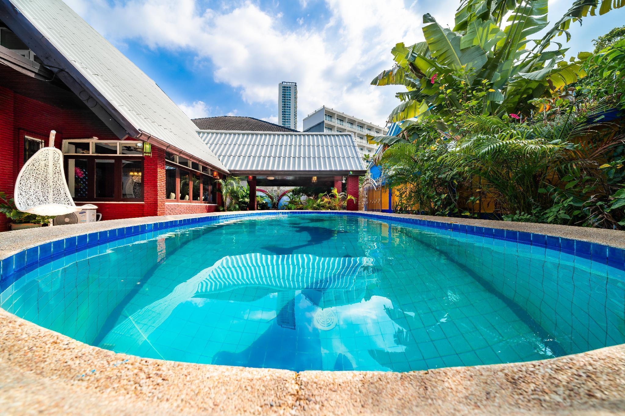 32#Jomtien beach 180M,Luxury modern villas วิลลา 4 ห้องนอน 5 ห้องน้ำส่วนตัว ขนาด 300 ตร.ม. – หาดจอมเทียน