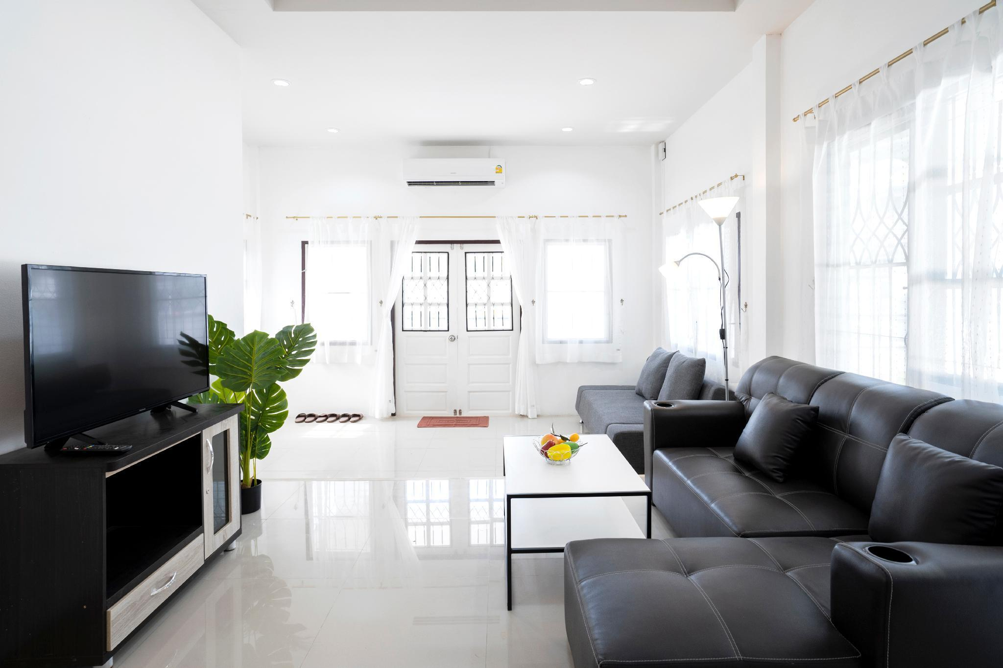 3BR cozy house,near Train Station บ้านเดี่ยว 3 ห้องนอน 2 ห้องน้ำส่วนตัว ขนาด 120 ตร.ม. – เจริญเมือง