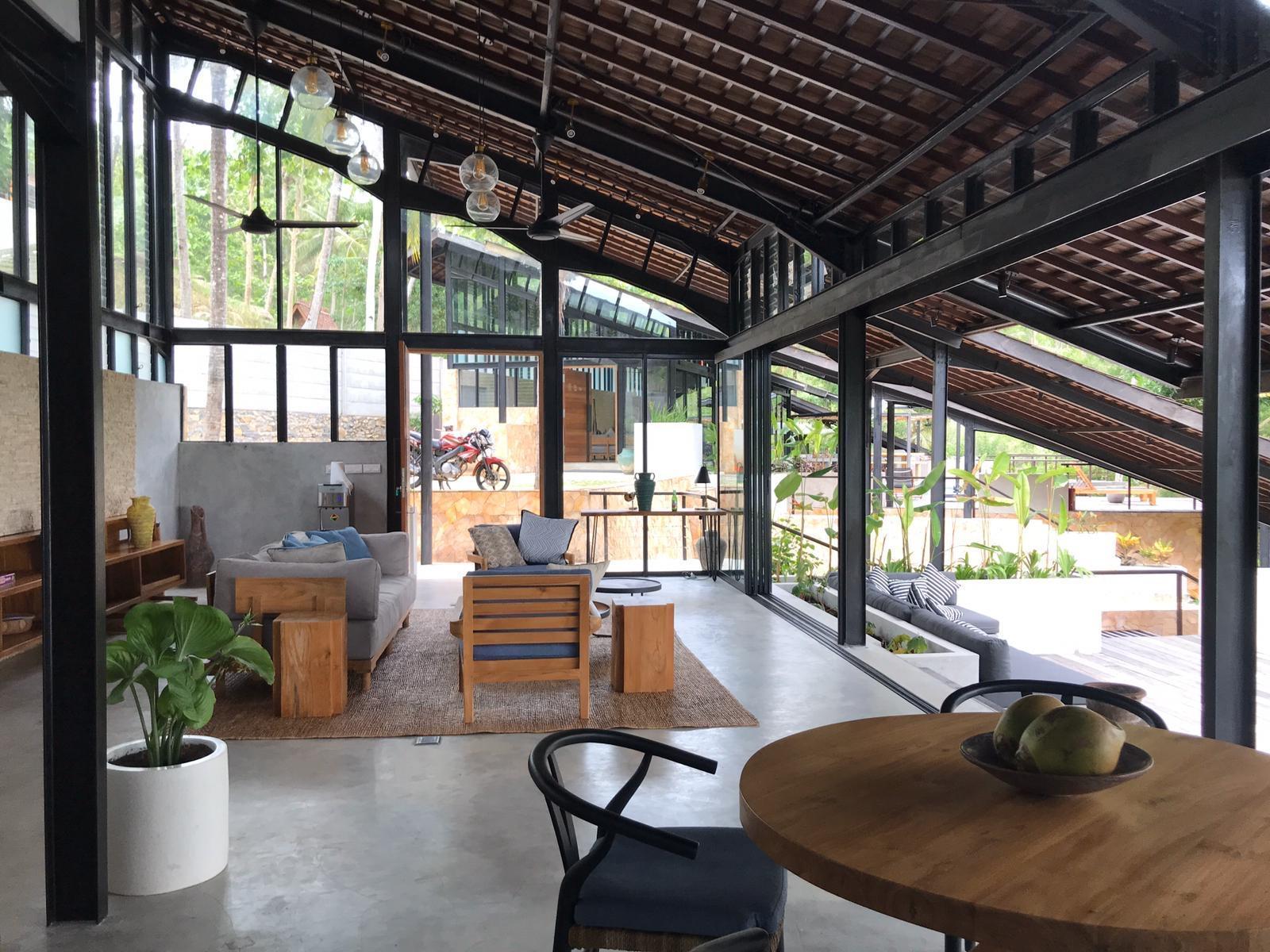 Villa Kanan  2.5BR  Overlooking Selong Belanak