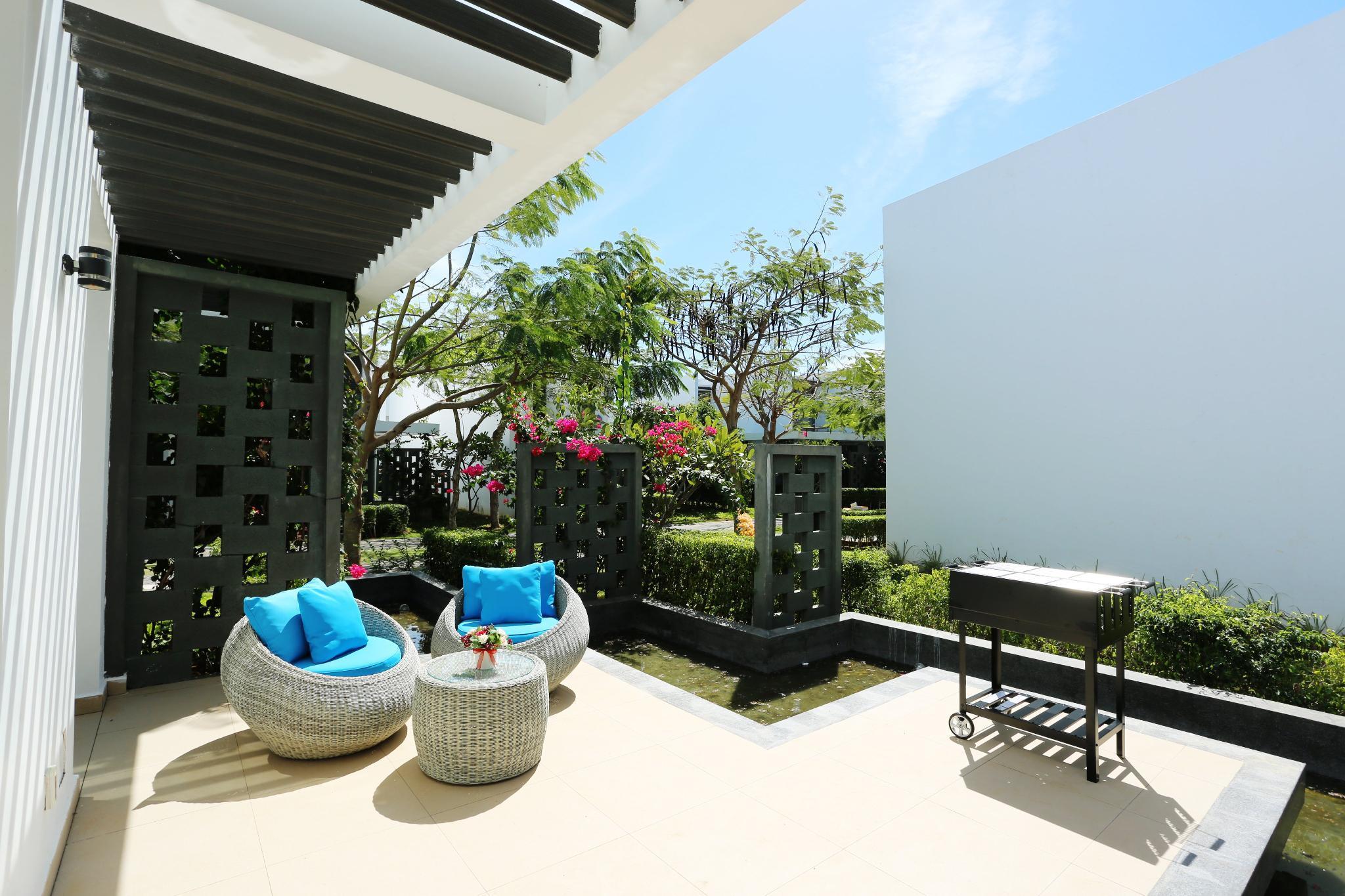 Oceanami Villas And Beach Club