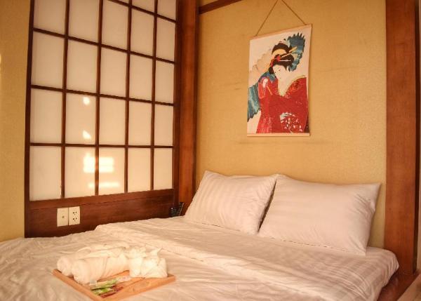 Ukiyo- A Cozy Balcony Room,5 MIN TO BUI VIEN Dist1 Ho Chi Minh City