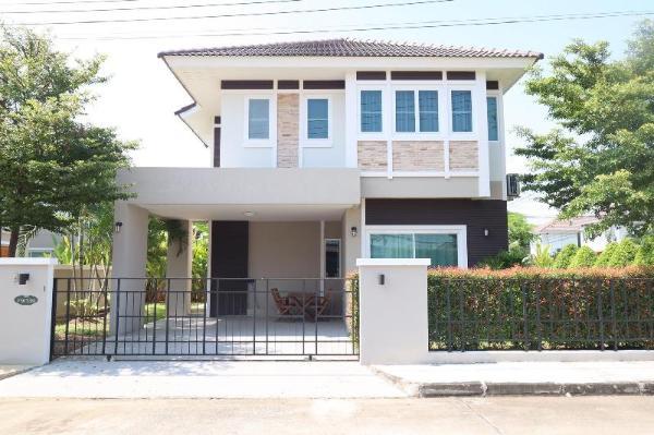 New and Comfortable Jinbei Villa 139 Chiang Mai
