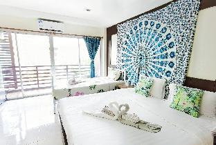 34Patong beach#Triple Room Balcont#Near bangla อพาร์ตเมนต์ 1 ห้องนอน 1 ห้องน้ำส่วนตัว ขนาด 30 ตร.ม. – ป่าตอง
