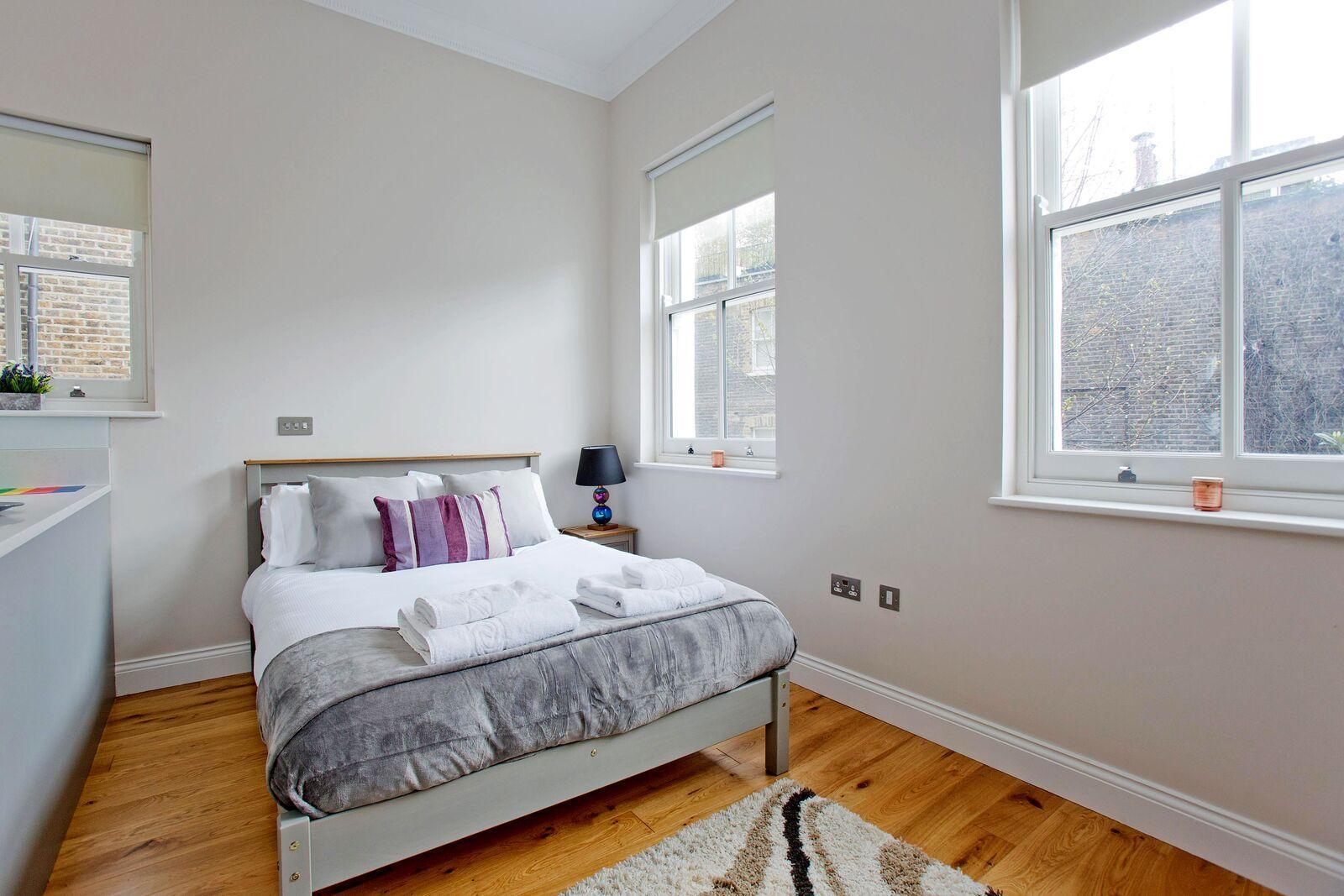 Stylish studio apartment (Flat 3)
