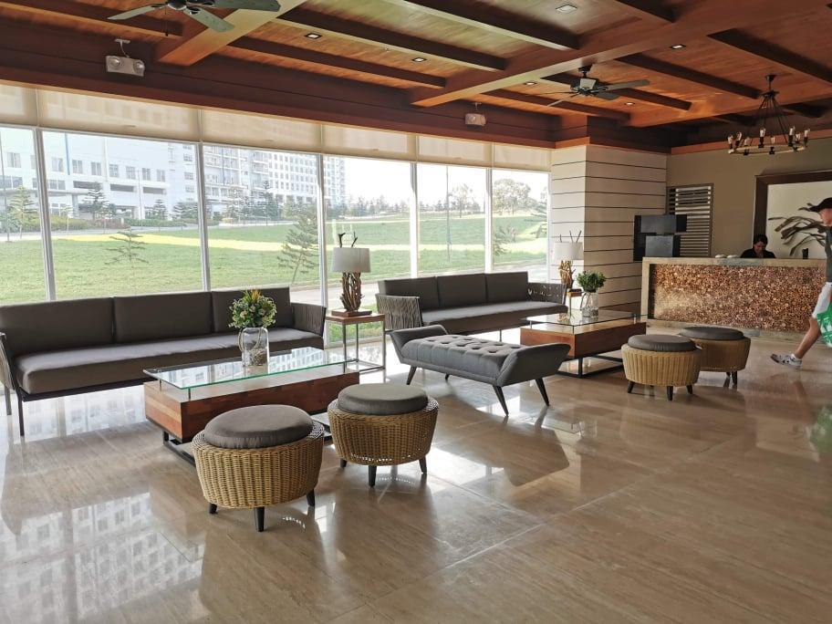 Tagaytay Cool Suites