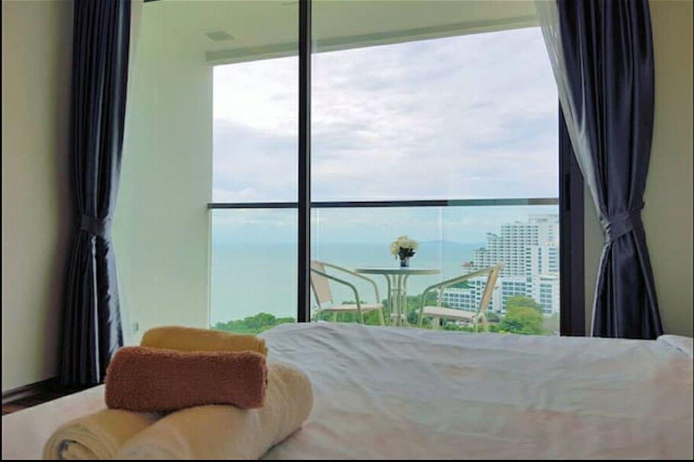D12 Infinity Pool Ocean View Room in Pattaya อพาร์ตเมนต์ 1 ห้องนอน 1 ห้องน้ำส่วนตัว ขนาด 31 ตร.ม. – เขาพระตำหนัก