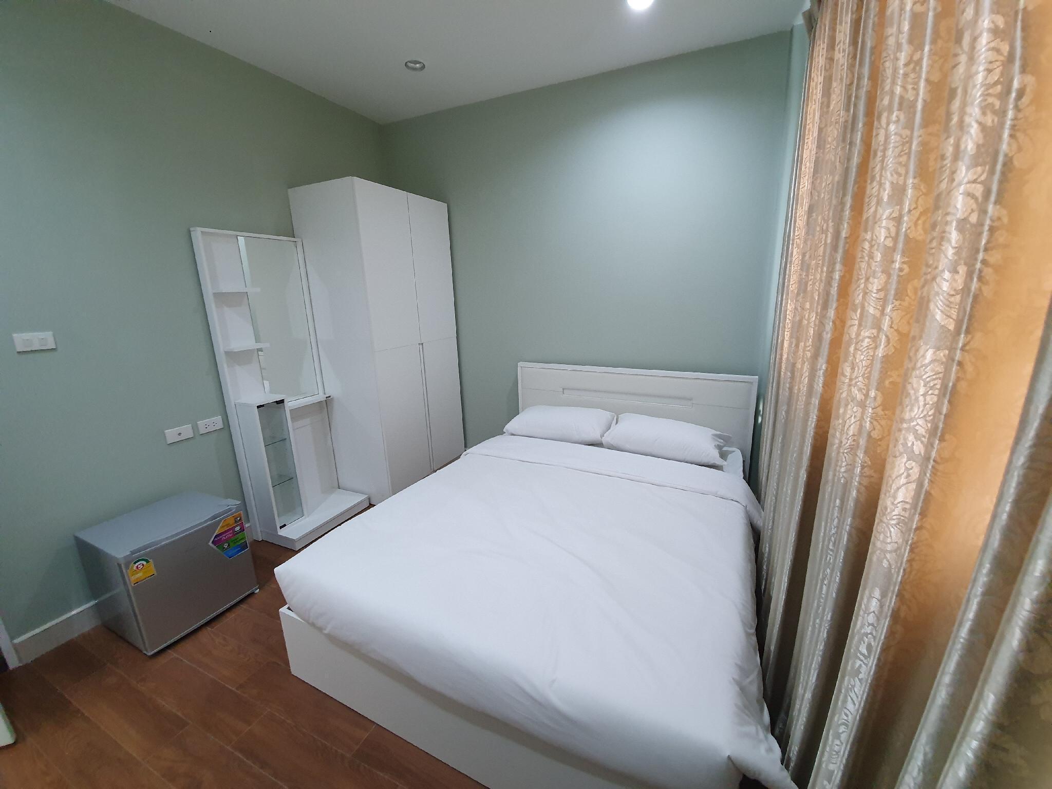 Baanpin & Cafe Hotel อพาร์ตเมนต์ 5 ห้องนอน 5 ห้องน้ำส่วนตัว ขนาด 15 ตร.ม. – เยาวราช