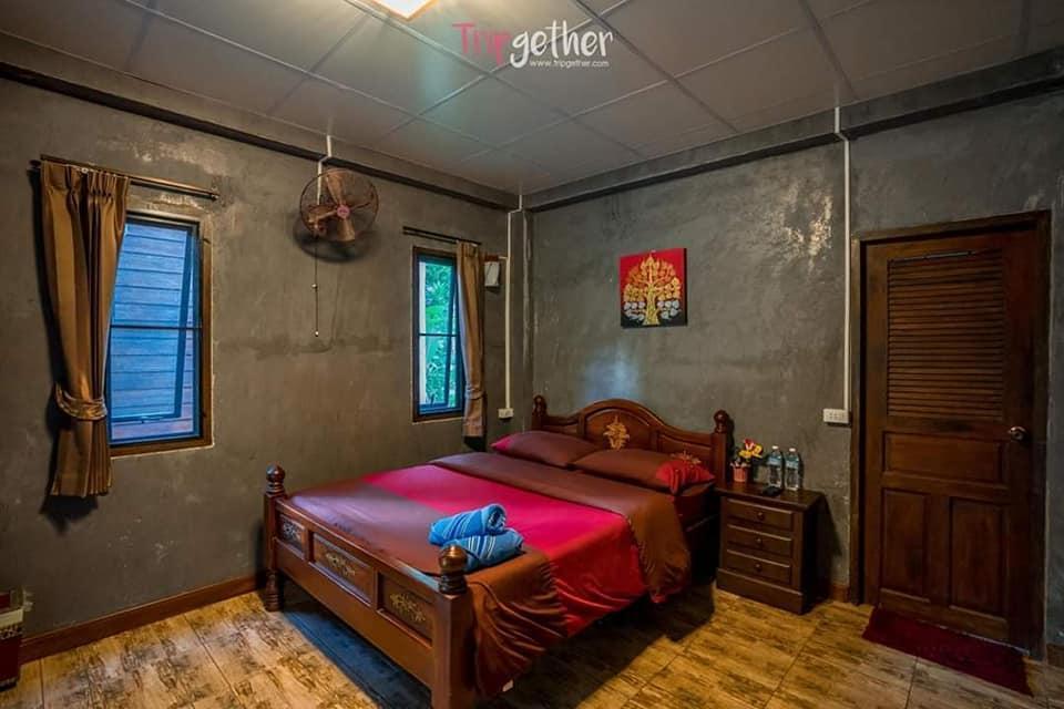 Baan Porluang Maeluang Maekampong 5 บังกะโล 1 ห้องนอน 1 ห้องน้ำส่วนตัว ขนาด 30 ตร.ม. – ดอยสะเก็ด