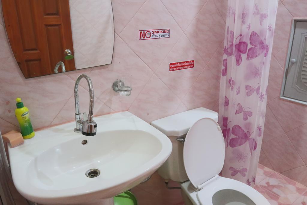 Jomtien Seaside House Studio Room 4 อพาร์ตเมนต์ 1 ห้องนอน 1 ห้องน้ำส่วนตัว ขนาด 30 ตร.ม. – หาดจอมเทียน