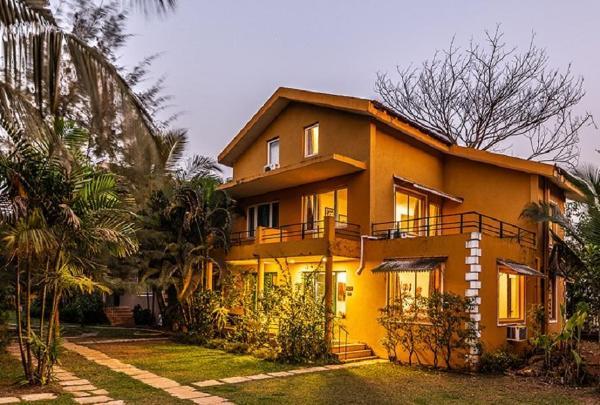 Casa Abuela | 6 minutes walk from Varca Beach Goa