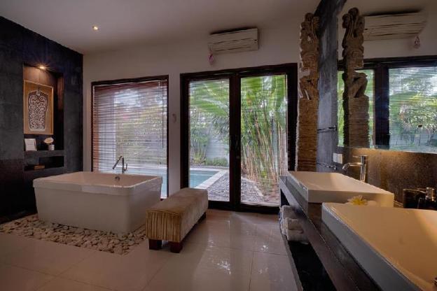 1 Bedroom Luxury Villa with Private Pool Breakfast
