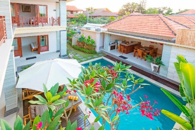 3 BR Private Pool Villa Close To Beach Kubal