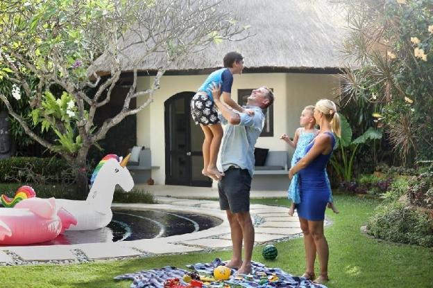 6BR Villa with Private Pool - Breakfast