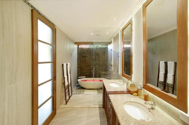 3BR Private Pool @Seminyak Square Shopping Mall
