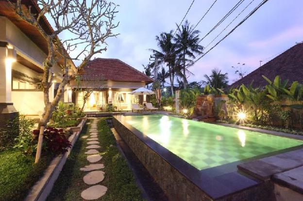 6BR Quite Private Villa close to Ubud