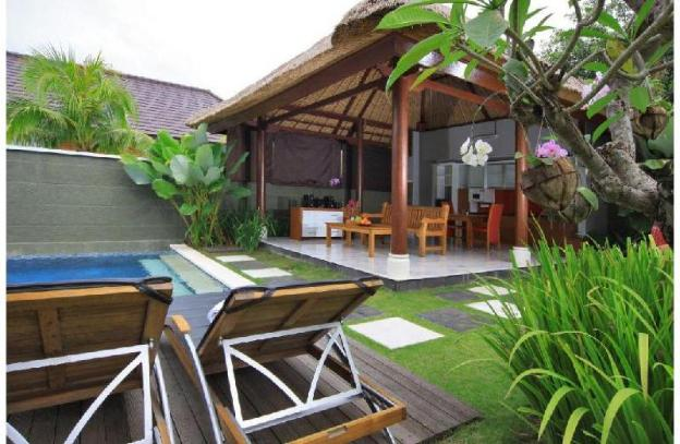 One Bedroom Gorgeous Villa with Hot Tub + Kitchen