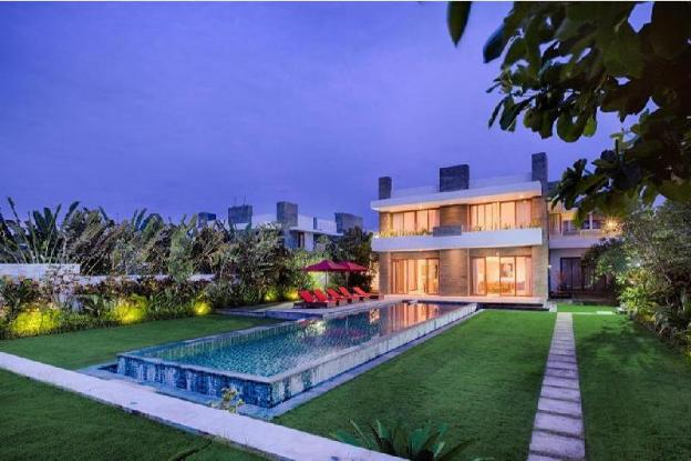 5 BR Pool Villa Beach- Breakfast