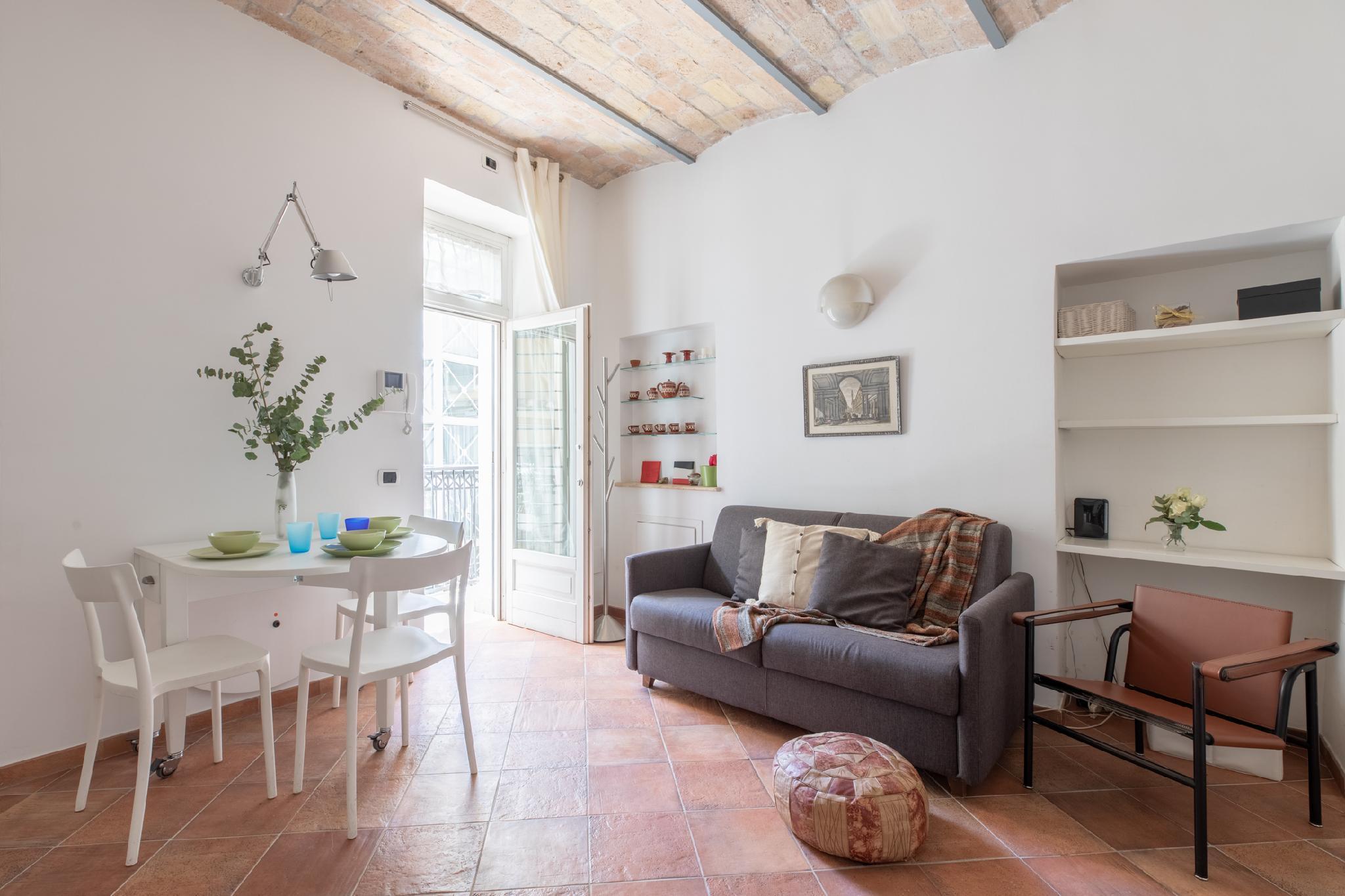 Roman Forum Cozy Apartment