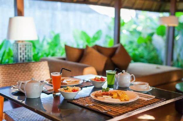 2 BR Pool Villa- Garden View-Breakfast