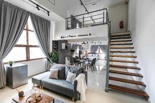 Kelana Jaya Smart Home Duplex Loft-6Pax,TVBOX+WIFI Kuala Lumpur