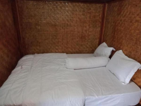One Bedroom with AC at Putri Nyale Lombok