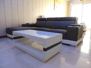 Luxury Interior Designed StuDio With City View