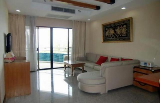 อพาร์ตเมนต์ 2 ห้องนอน 2 ห้องน้ำส่วนตัว ขนาด 135 ตร.ม. – นาจอมเทียน – Beachfront condominium  next to Renaissance Hotel