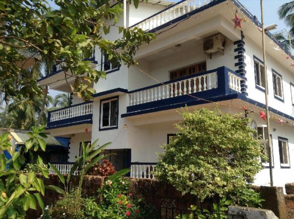 Casa Beira Mar 1, Spacious Studio + Kitchenette Goa