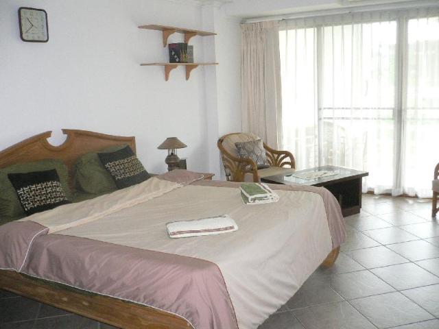 อพาร์ตเมนต์ 1 ห้องนอน 1 ห้องน้ำส่วนตัว ขนาด 49 ตร.ม. – หาดดงตาล – view talay 115