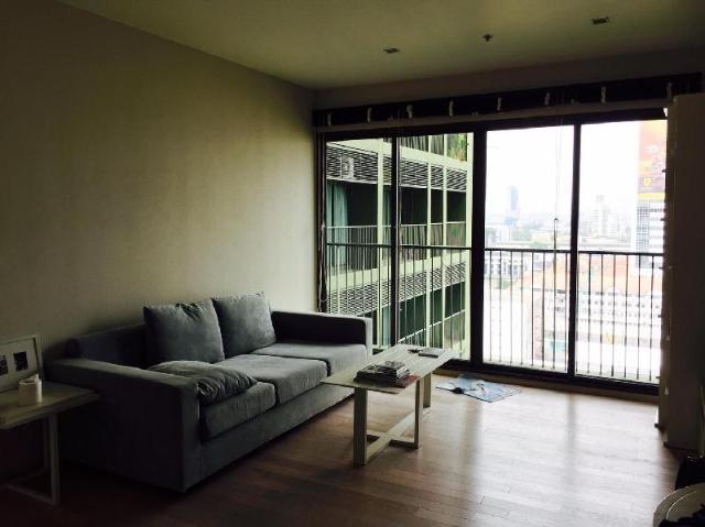 อพาร์ตเมนต์ 1 ห้องนอน 1 ห้องน้ำส่วนตัว ขนาด 50 ตร.ม. – สุขุมวิท – Noble Solo dondominium