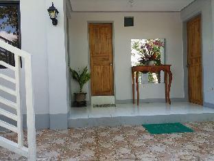 picture 1 of Villa Feliza Budget room