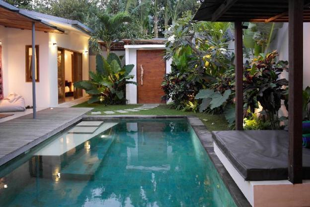 Designed Villa-Private Pool-BBQ-WIFI Seminyak Side