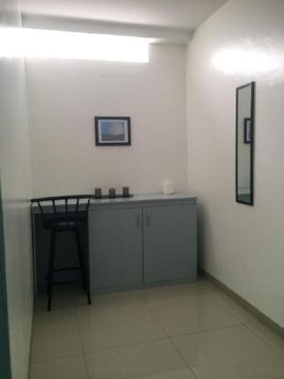 picture 2 of Huge Studio in Makati