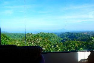 picture 4 of YVANDERS NATURES TAGAYTAY with VIDEOKE OVERLOOKING