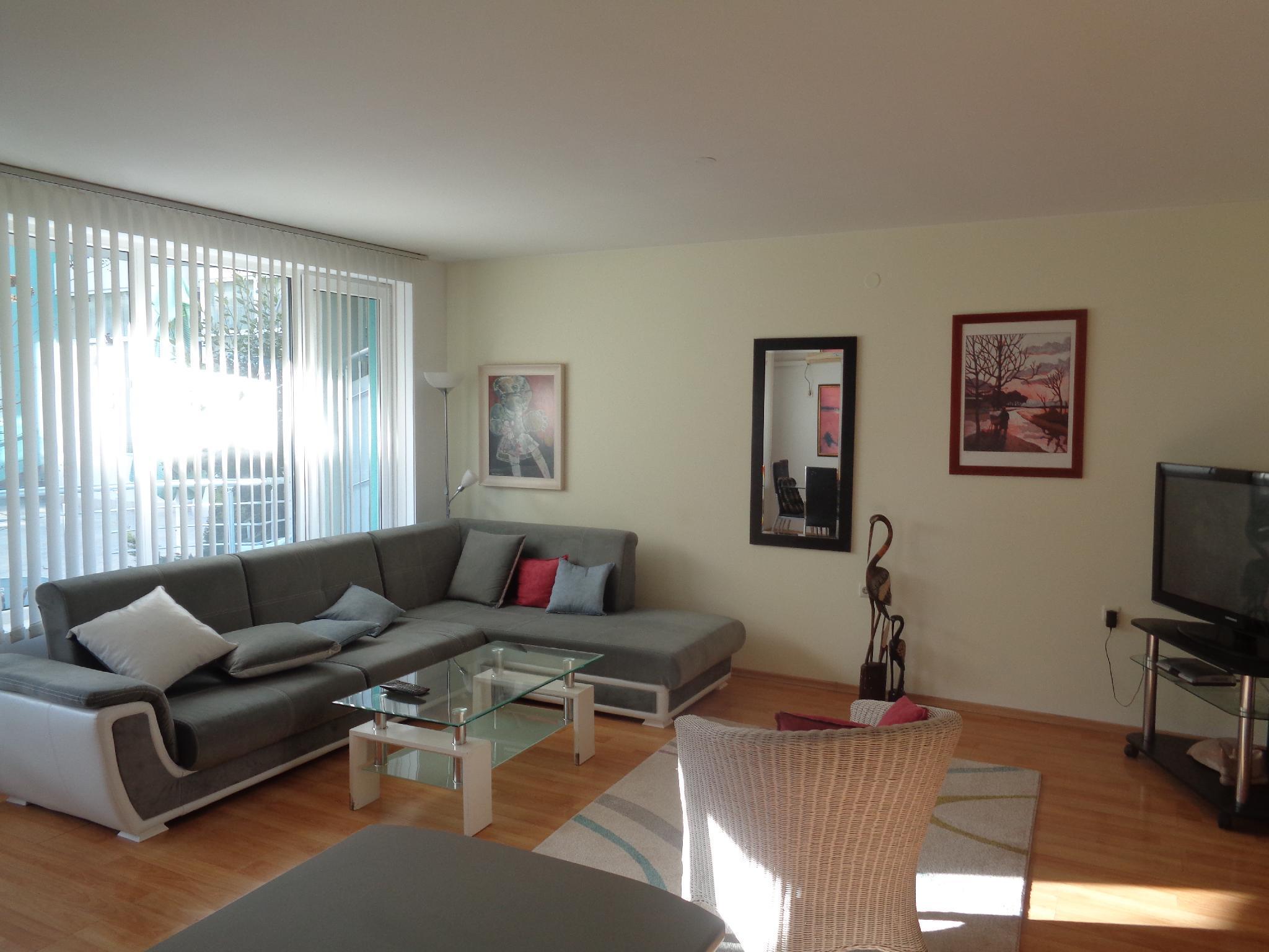 Ganz Real Estate Sarafovo 2