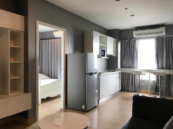 Cozy 1-bedroom near Wongwianyai Bangkok