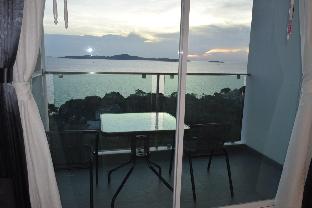 Stunning, luxury and unique full seaview apartment