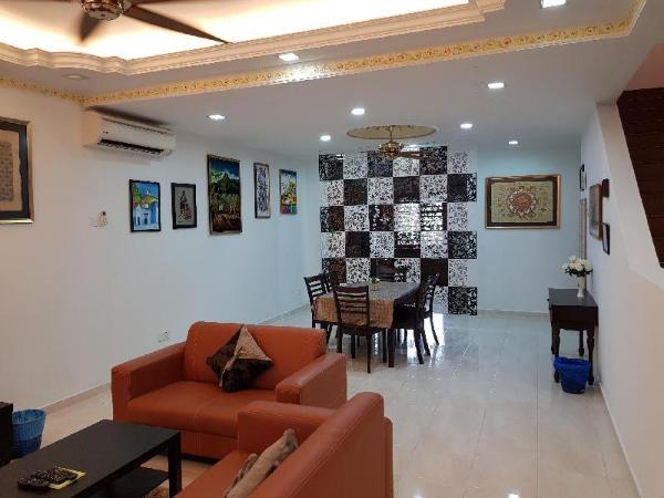 Spacious Double Storey House Near i-City, UiTM Shah Alam