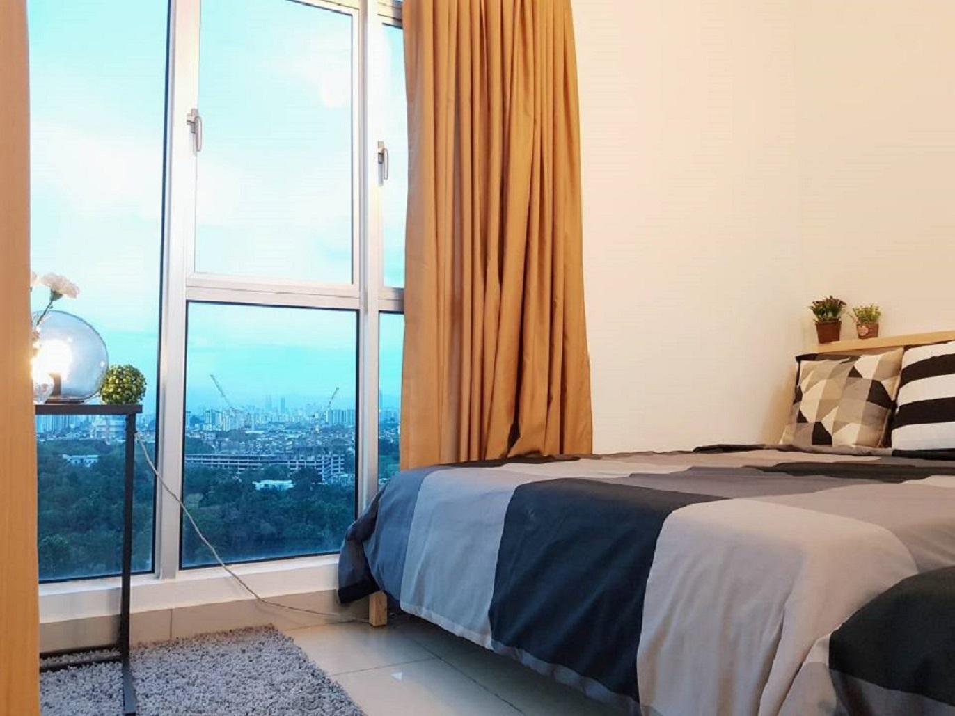 Bukit Jalil 9pax LRT Cozy Apartment KiaraResidence