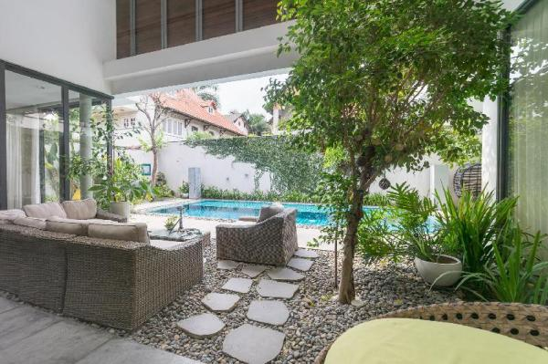 Full Services Luxury Villa with Pool and BBQ Ho Chi Minh City