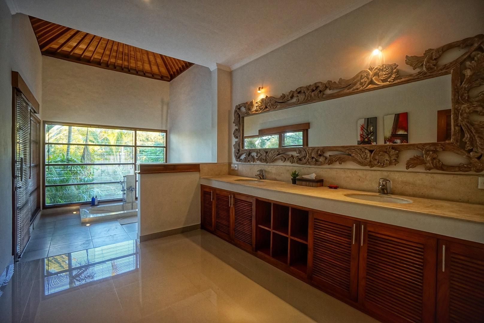 Reviews NEW! 3BR Huge Villa with huge pool - PROMO RATE!!!