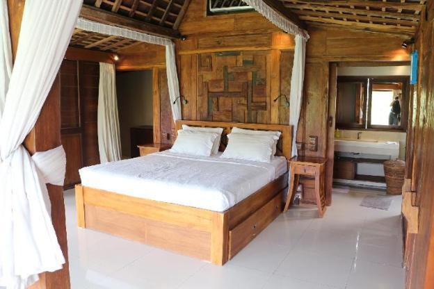 The Alise Villa, Calm & Romantic 3 Bedrooms Villa
