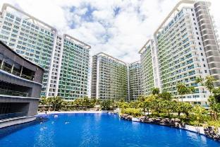 picture 4 of Pool & Beach View 2BR Deluxe Condo At Azure Resort