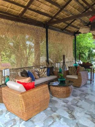 picture 2 of Kamari Resort and Hotel
